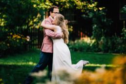 rustykalna sesja ślubnaa