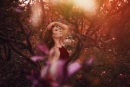 2 sesja fotograficzna w kwiatach magnolii 6 uai