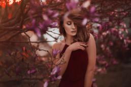 2 sesja fotograficzna w kwiatach magnolii 8 uai