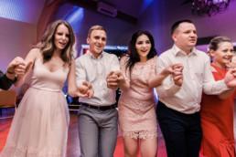 238 goscie weselni na parkiecie uai