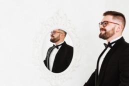 32 portret w lustrze 1 uai