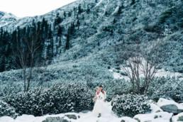 33 zimowa sesja slubna w tatrach 16 uai