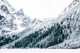 33 zimowa sesja slubna w tatrach 5 uai