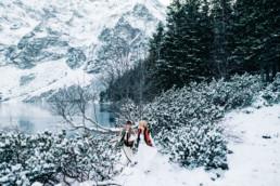 35 zimowa sesja slubna w gorach 10 uai