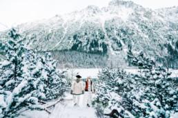 35 zimowa sesja slubna w gorach 2 uai